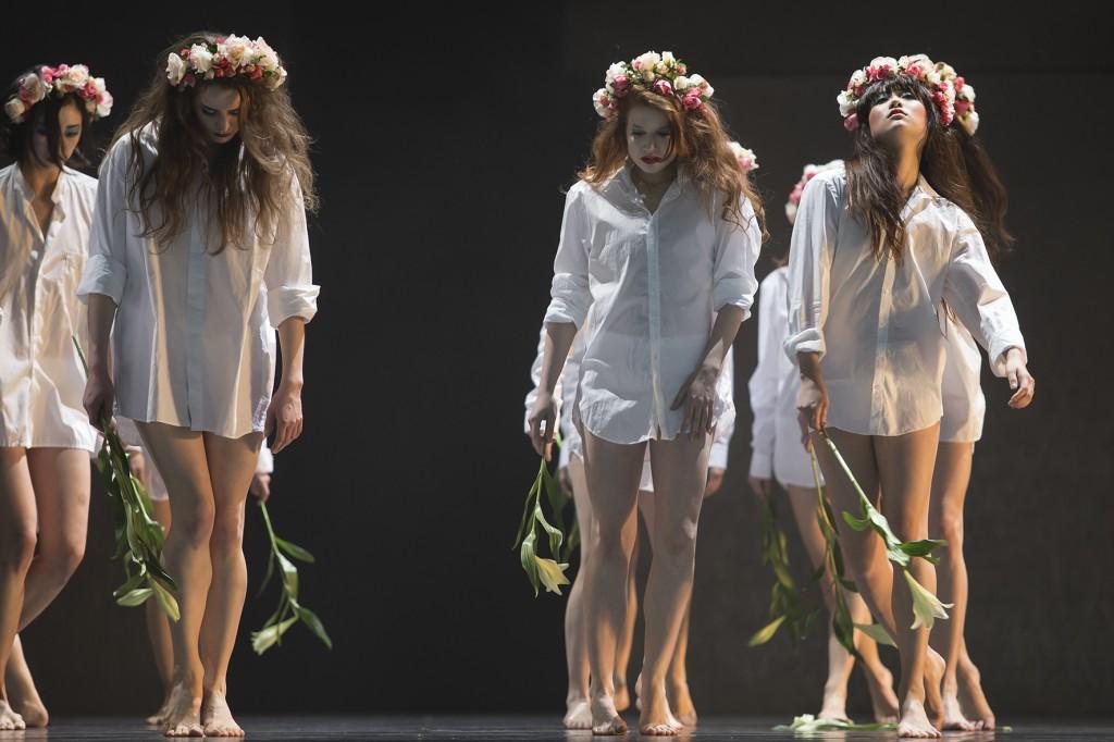 Lilien haben im Ballett Bedeutung
