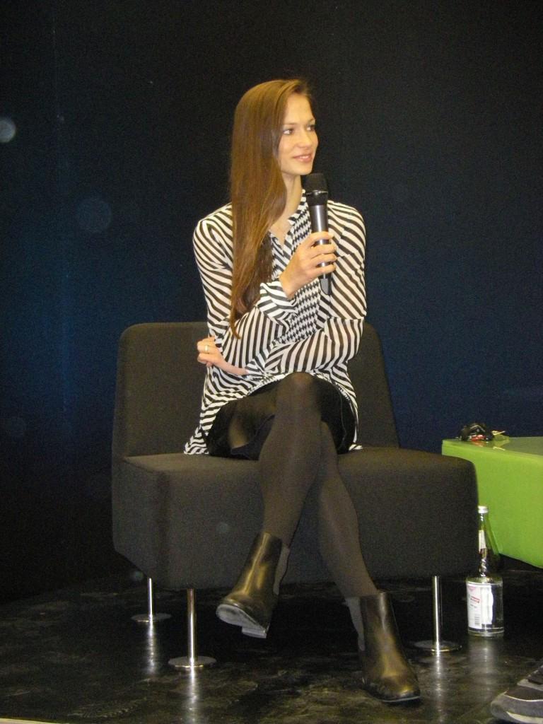 """Polina Semionova erzählt in Berlin von ihrer Arbeit am """"Boléro"""". Foto: G. Sonnenburg"""