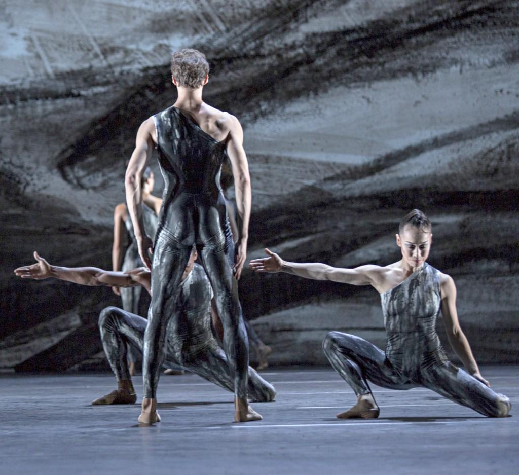 Brahms als Ballett am Rhein
