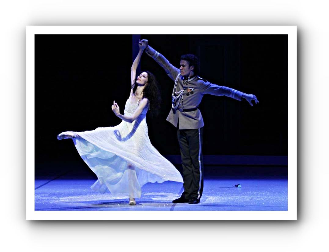 Tatjana tanzt mit ihrem Mann