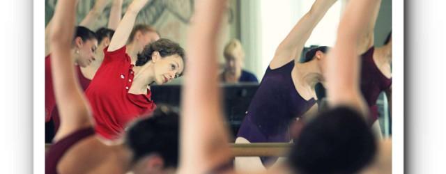 Gigi Hyatt im Ballettsaal