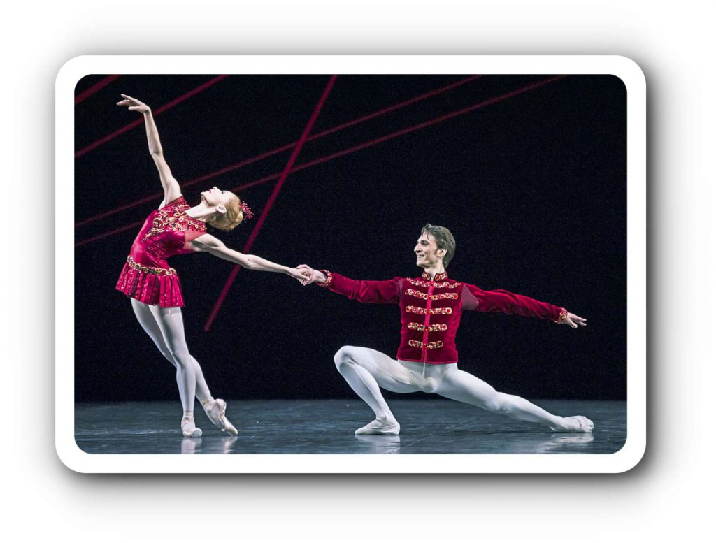 """Iana Salenko, Berlins Superstar, was Ballett angeht, tanzt in den """"Rubies"""" in """"Jewels"""" von George Balanchine so herzerfrischend, so sexy und so mustergültig die Balanchine-Schule, dass man schon wegen ihr in die Vorstellung kommen sollte. Foto: Carlos Quezada"""