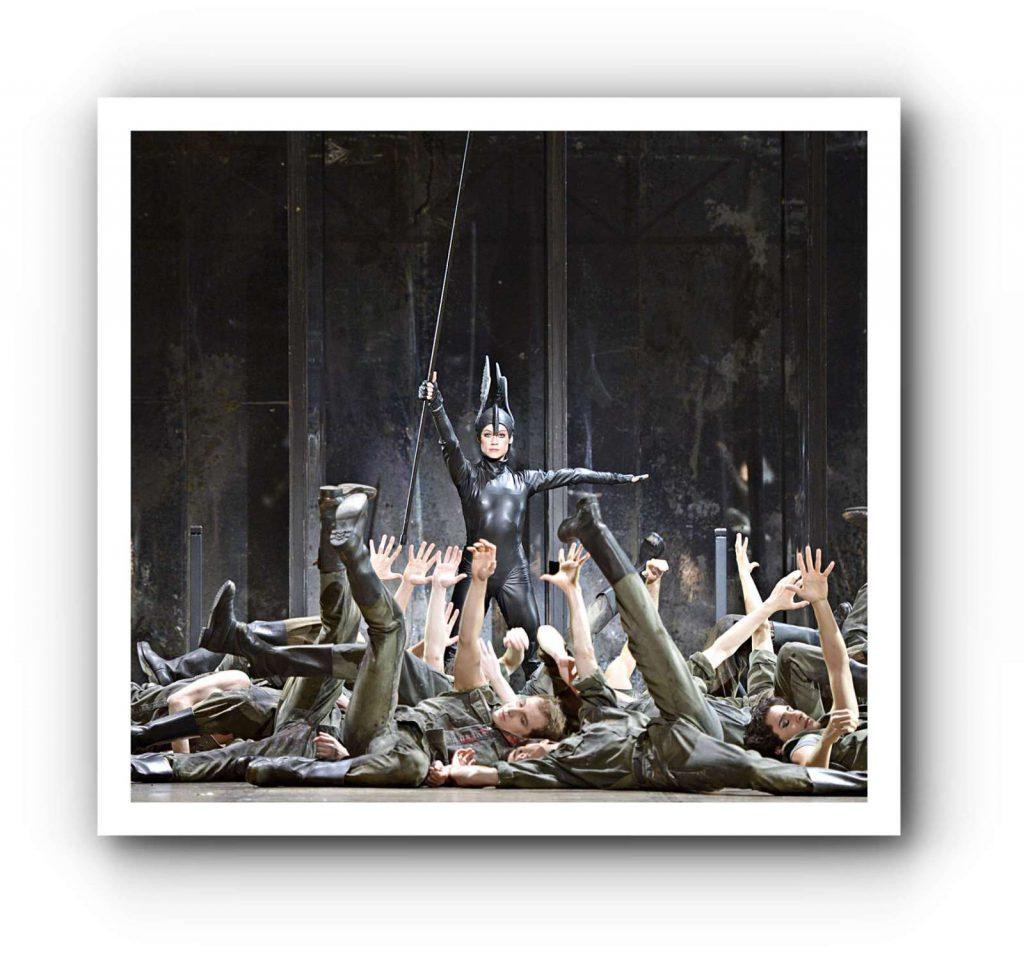 Nadja Saidakova wechselt im Ballettsaal die Seite
