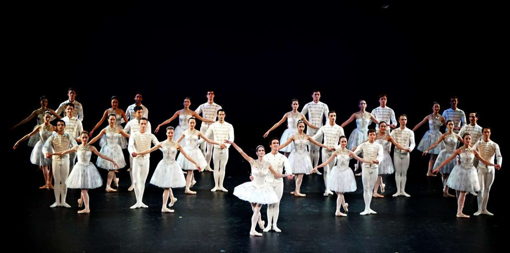 """""""Jewels"""" von George Balanchine in der neu sanierten Staatsoper Unter den Linden"""
