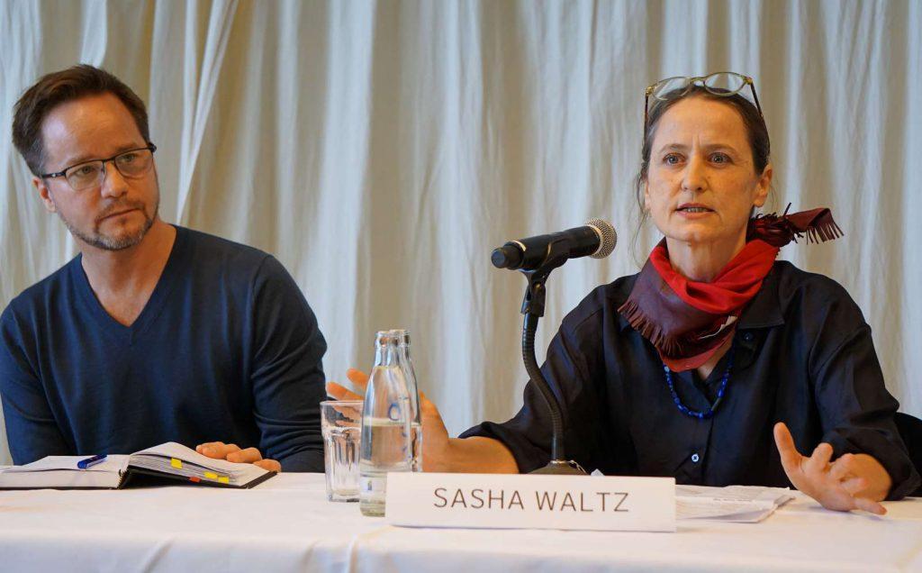 Sasha Waltz und Johannes Öhman bei ihrer zweiten PK in Berlin