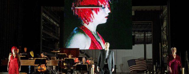 """""""molto agitato"""" ist eine Opernrevue von Frank Castorf in Hamburg"""