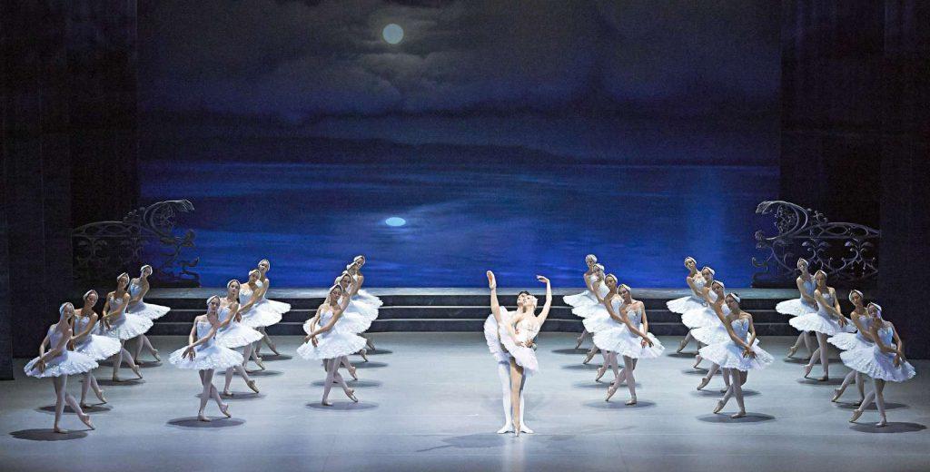 """""""Schwanensee"""" von Rudolf Nurejew beim Wiener Staatsballett"""