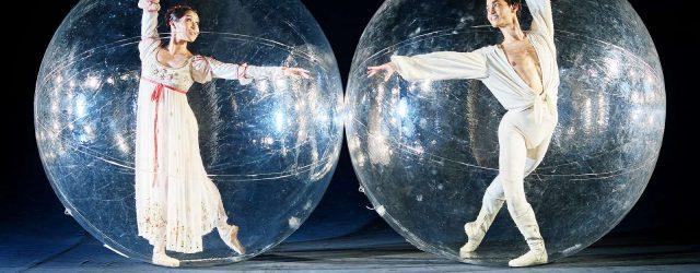 Plastikblasen und Ballett